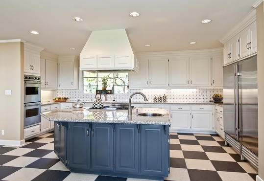 Affordable Custom Made Kitchen Cabinets Renovation in Richmond Hill
